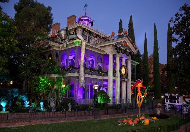 disneyland haunted mansion halloween inside wwwpixshark