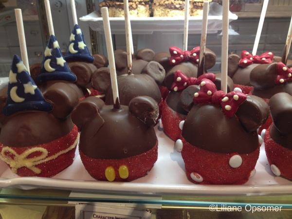 The Classic Minnie And Mickey Mouse Apples Are Always A Hit But Have You Seen Adorable Steamboat Willie Or Sorcerer Caramel Apple