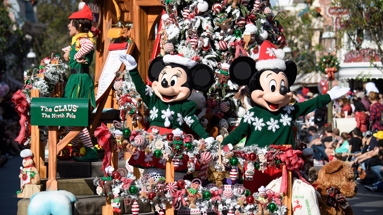 Christmas Minnie Mouse Disneyland.Looking Ahead Sights Sounds And Flavors Of The Holidays At