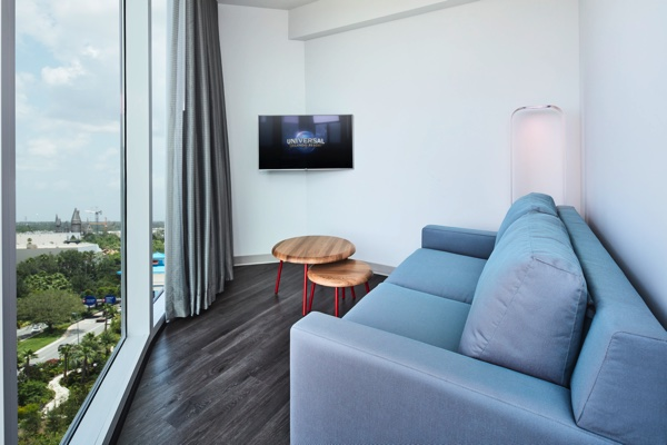 Universal Orlando S Aventura Hotel Provides Modern Comfort At An Affordable Price By Liliane