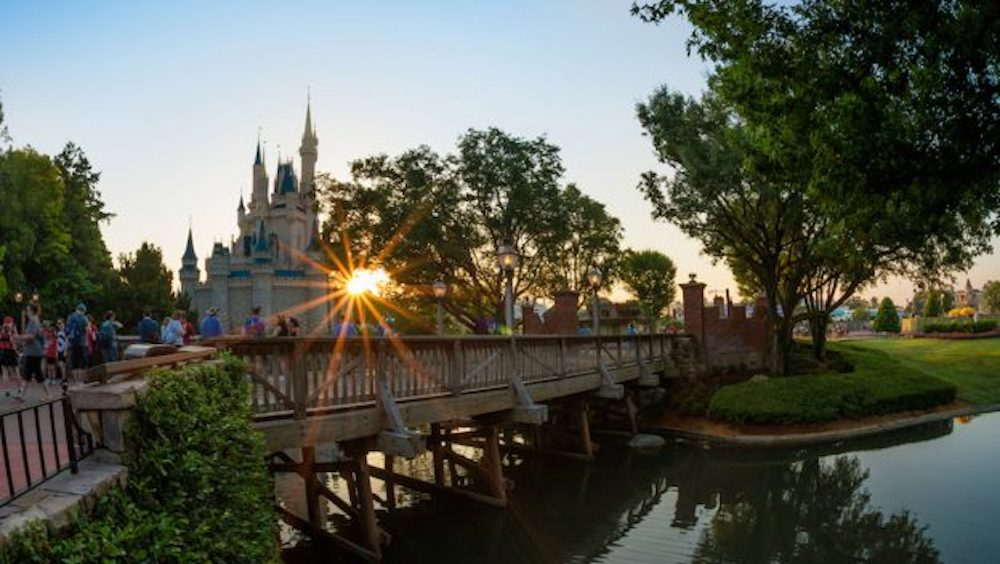 Early Morning Magic Hours with Breakfast by Small World